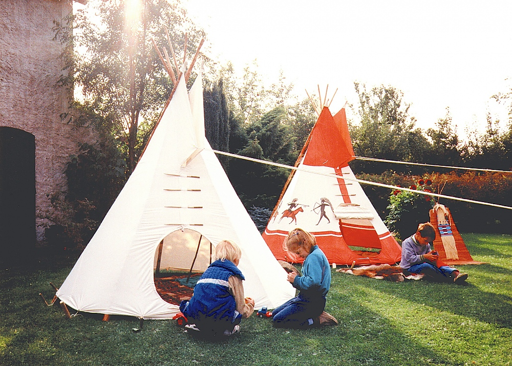 tipi pour enfants famwest tente traditionnelle. Black Bedroom Furniture Sets. Home Design Ideas