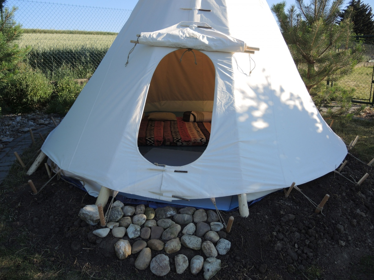 Native American Tipis | FamWest natural tents